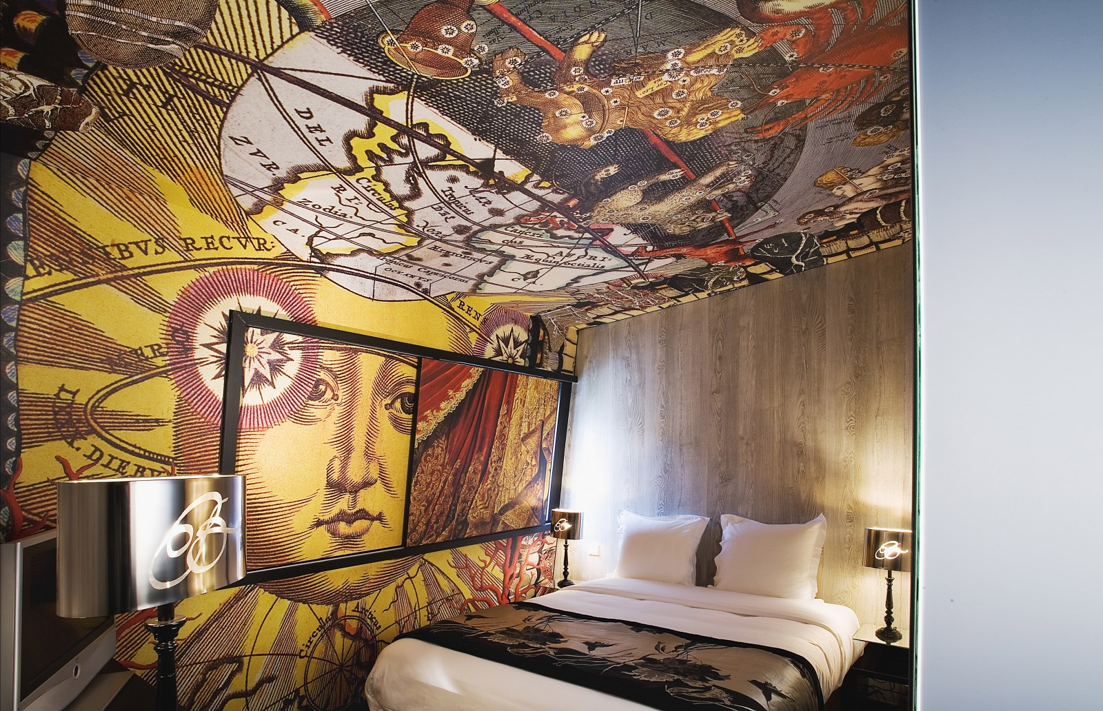 belelchasse-hotel-paris-christian-lacroix-interior-design-room