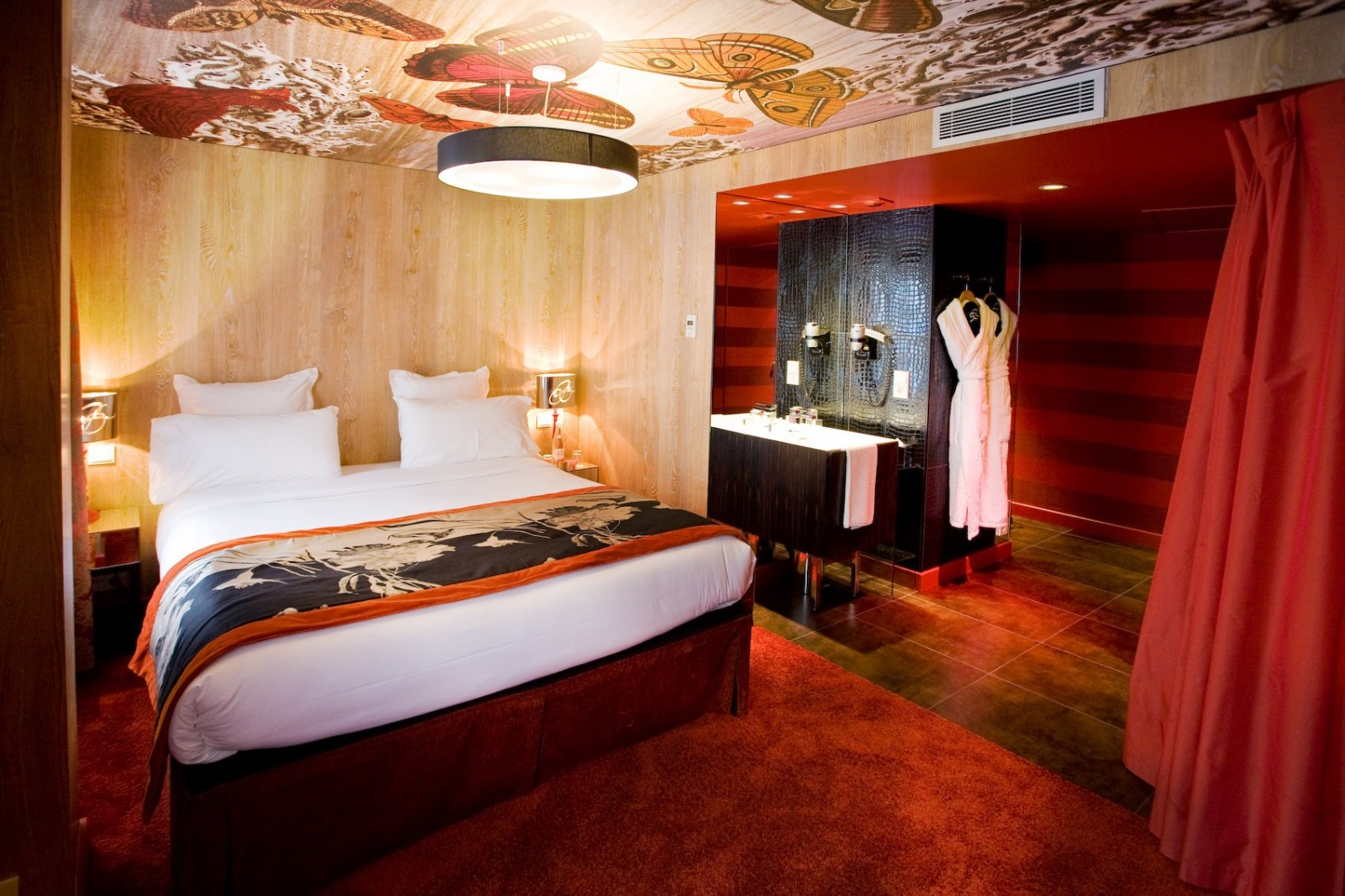 hotel-bellechasse-paris-christian-lacroix-interior-design