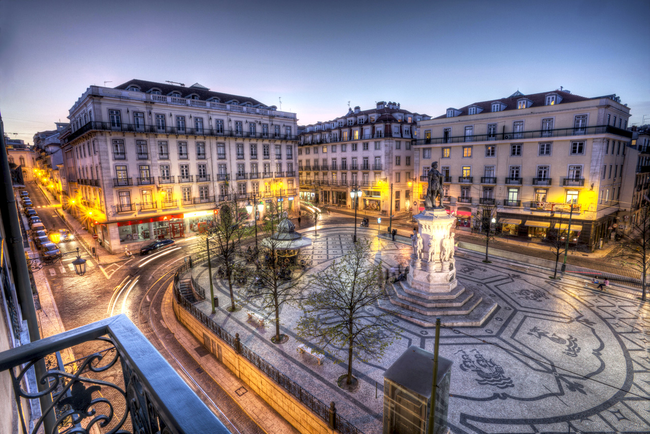 Largo-de-Camoes-lisbonne-portugal