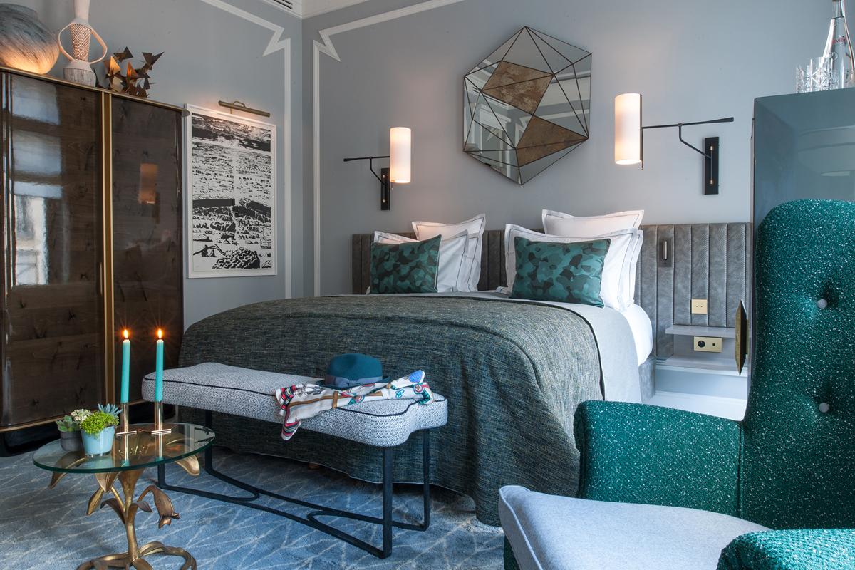 nolinski-hotel-paris-Chambre-Deluxe-3