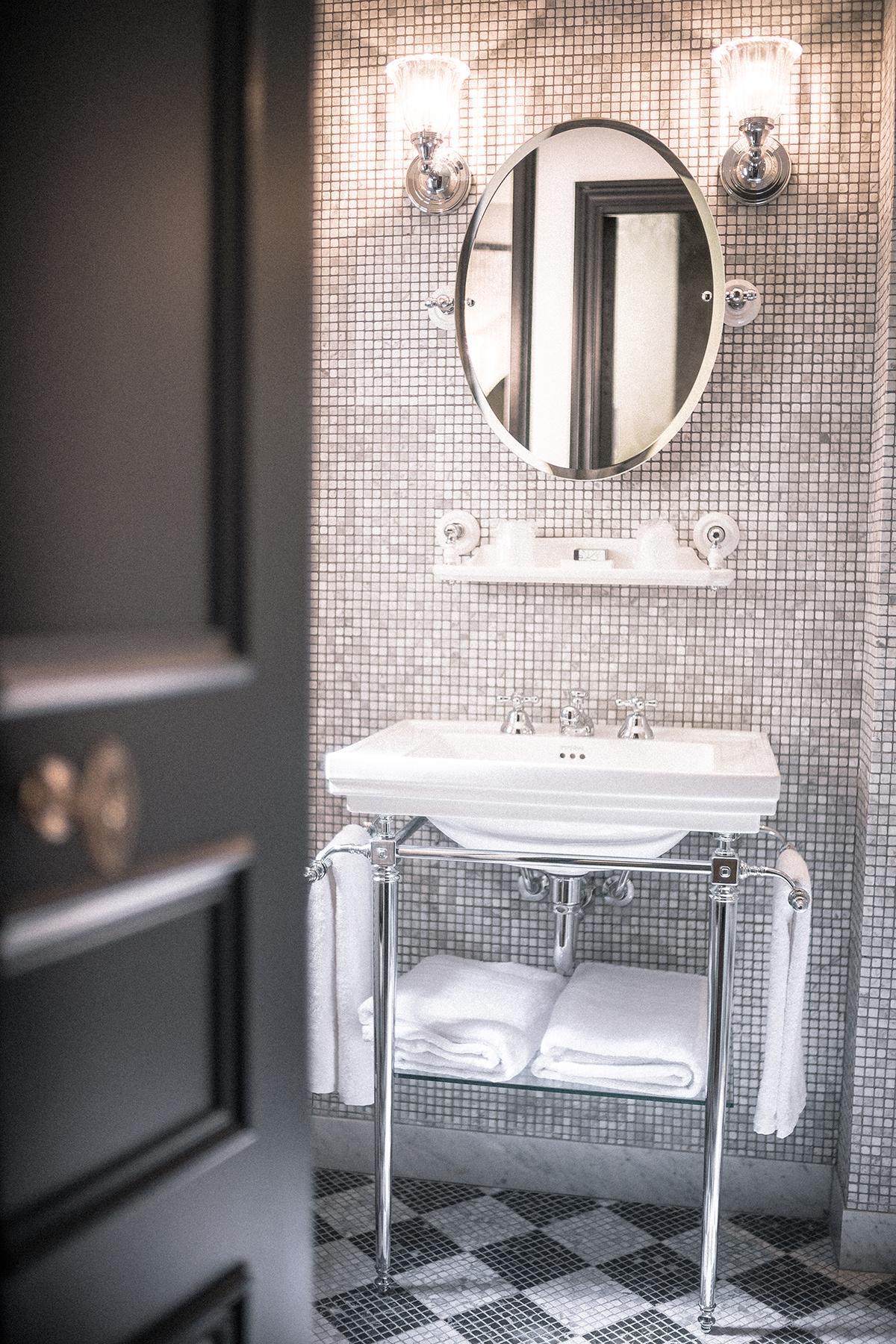 hotel-de-jobo_bathroom_09